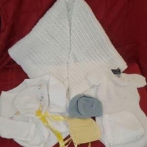 Other - KNITTED VINTAGE NEWBORN BABY OUTFIT